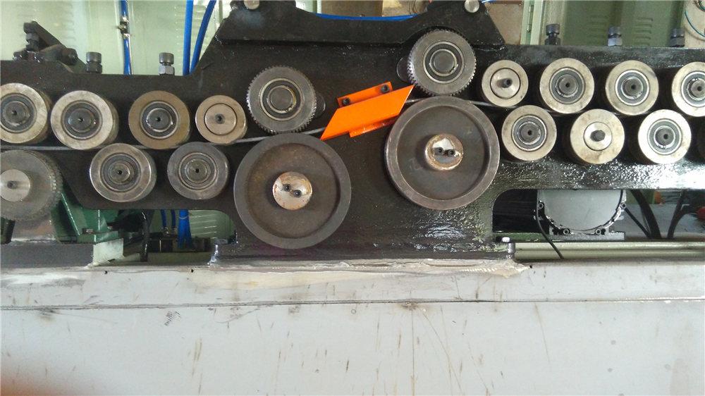 Аутоматска машина за савијање стремена