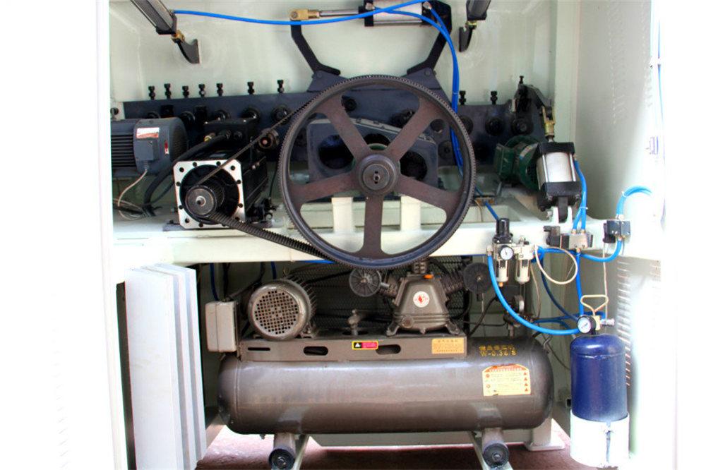 ЦНЦ машина за савијање жице4